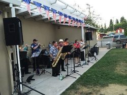 Groovin' in the Grove 4th of July 2016